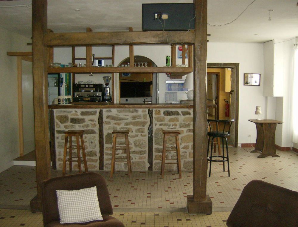 Petit Bar De Salon Of Amenagement Gite 10 Personnes Marsac Creuse Tourisme Limousin Pelerin Com